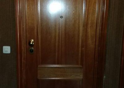 Puerta de entrada frontal